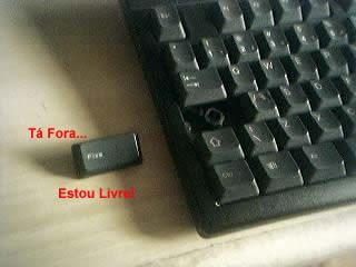 http://aurelio.net/doc/img/capslock-claudio.jpg