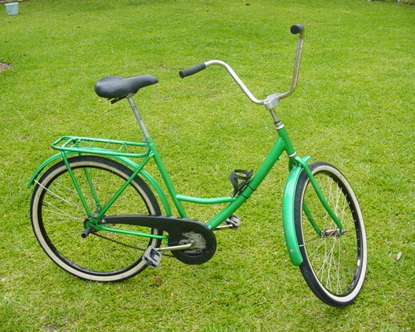 Como diz minha amiga Fabíola: uma mistura brega de bicicleta de pedreiro e Ceci